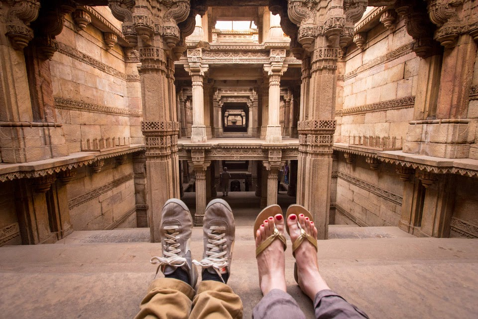 tom_robinson_feet_first_india_gujarat_2013_6094