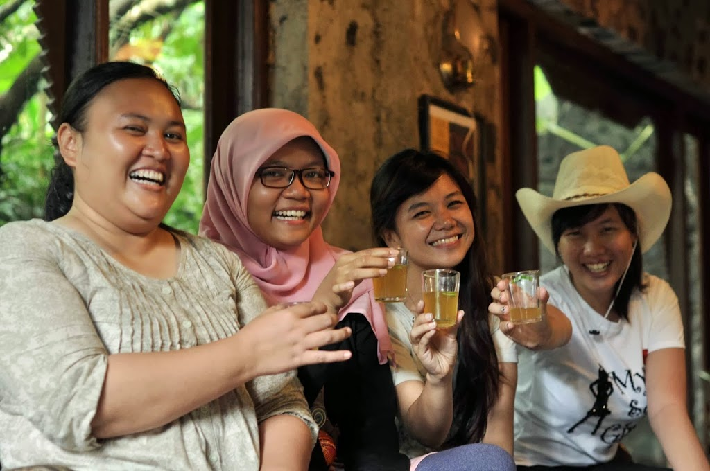 Enjoy herbal drinks in Ulen Sentalu, Kaliurang