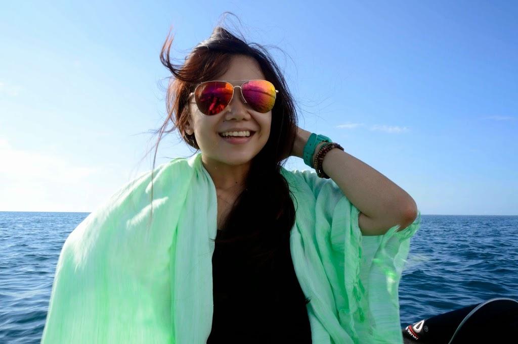 Berlayar menuju Kenawa