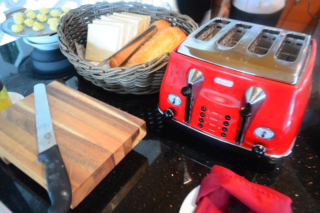 Buat yang suka sarapan dengan roti