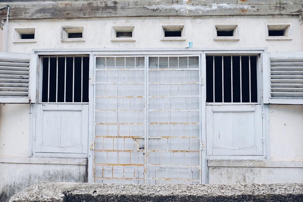 Pintu di salah satu rumah di Al-Munawar