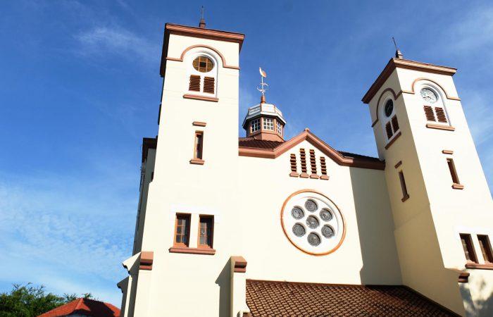 gereja ayam jakarta