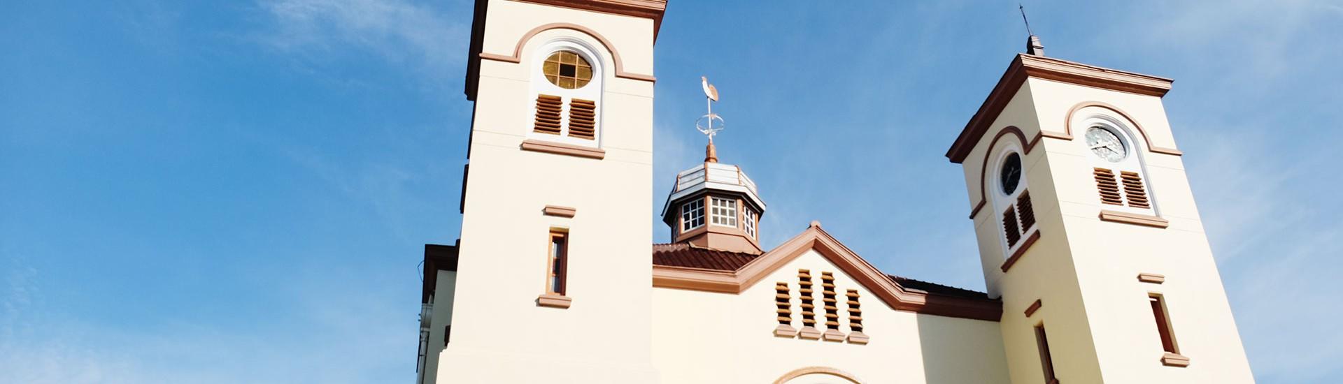 gereja ayam pasar baru