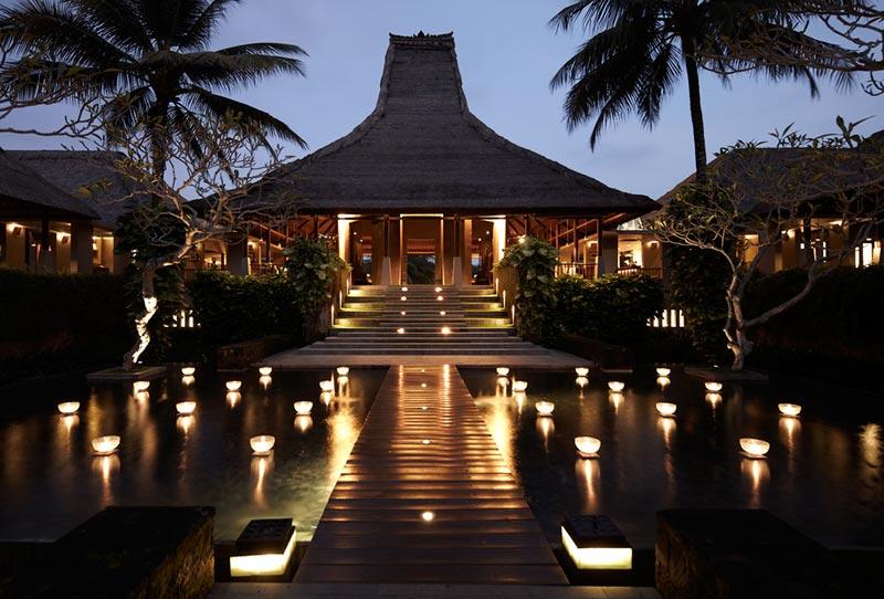 ohelterskelter.com hotel bintang lima